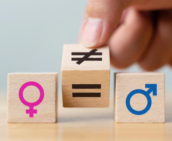 Gap di genere, focus su problemi e prospettive: le donne e l'educazione assicurativa
